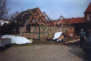 Aufstellen des Dachstuhls
